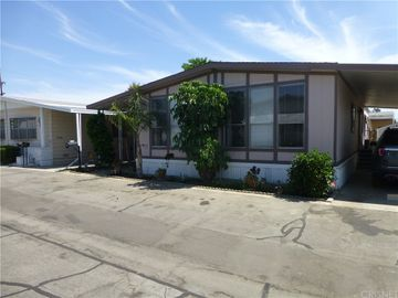15420 Mankato #39, Mission Hills San Fernando, CA, 91345,