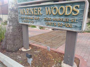 21930 Marylee Street #102, Woodland Hills, CA, 91367,