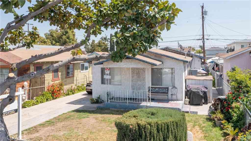 1032 S La Verne Avenue, East Los Angeles, CA, 90022,