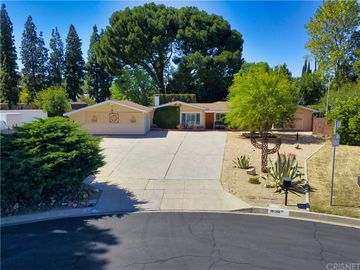18351 Citronia Street, Northridge, CA, 91325,
