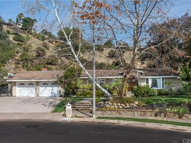 4644 Arriba Drive, Tarzana, CA, 91356,