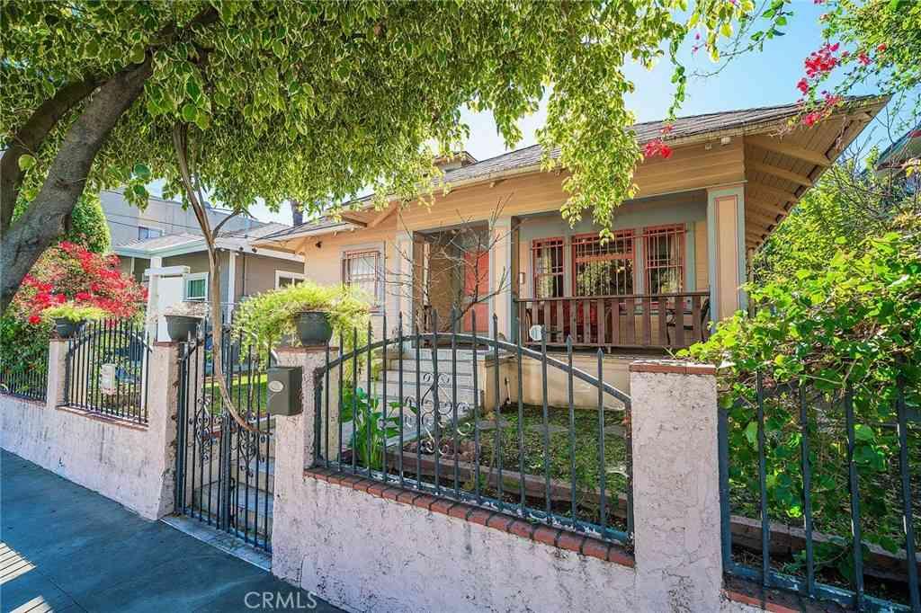 1616 W 24th Street, Los Angeles, CA, 90007,
