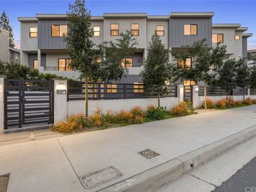 8402 Woodley Place, North Hills, CA, 91343,