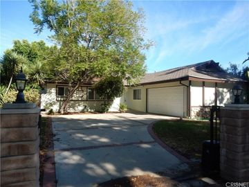 10460 Eton Avenue, Chatsworth, CA, 91311,