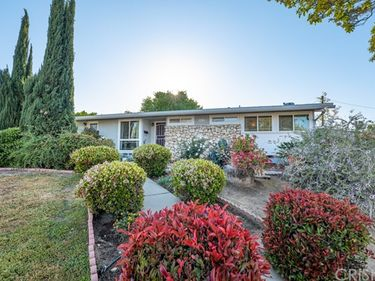 6733 Keokuk Avenue, Winnetka, CA, 91306,