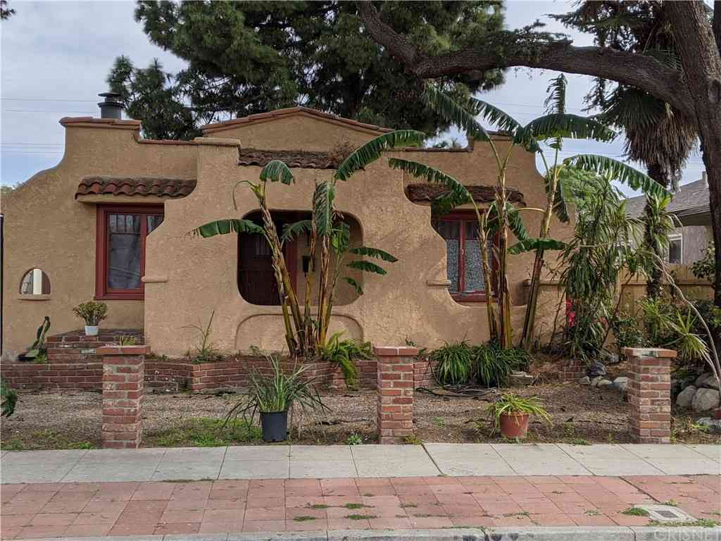 3932 Minerva Avenue, Los Angeles, CA, 90066,
