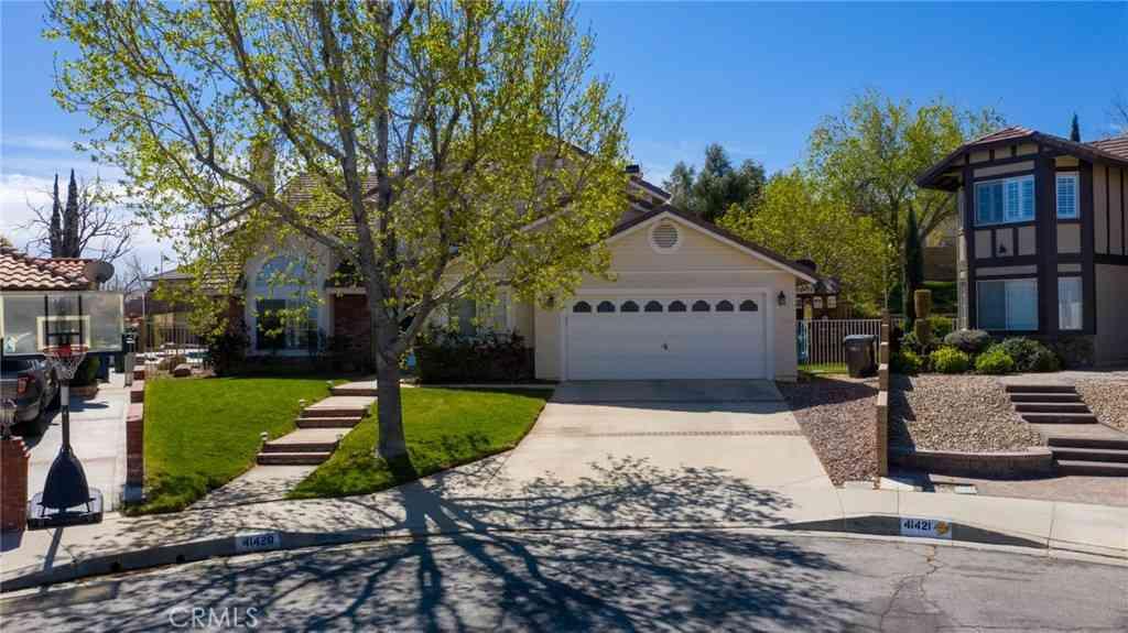 41420 Sandalwood Place, Quartz Hill, CA, 93536,