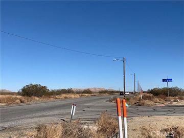 0 Vac/Cor Palmdale Bl Pav /105th, Sun Village, CA, 93543,