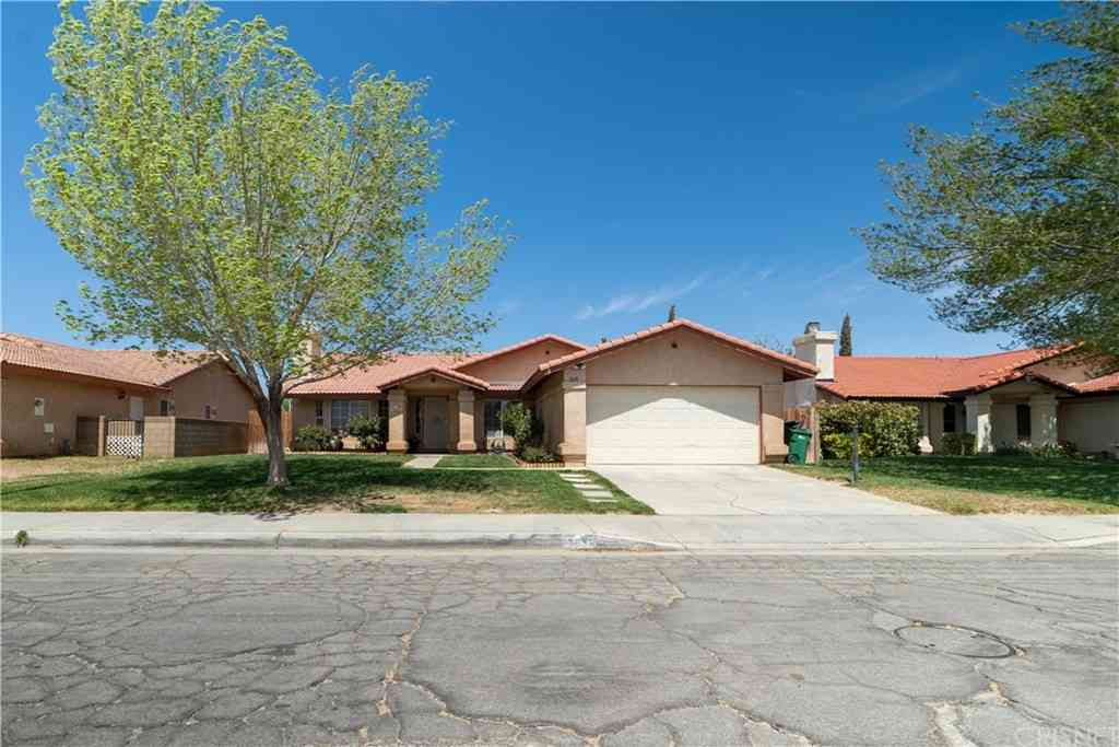3631 W Avenue J6, Lancaster, CA, 93536,