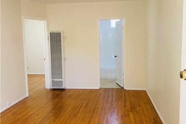 4224 Gentry Avenue