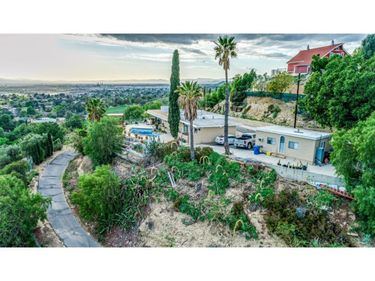 9993 Wornom Avenue, Shadow Hills, CA, 91040,