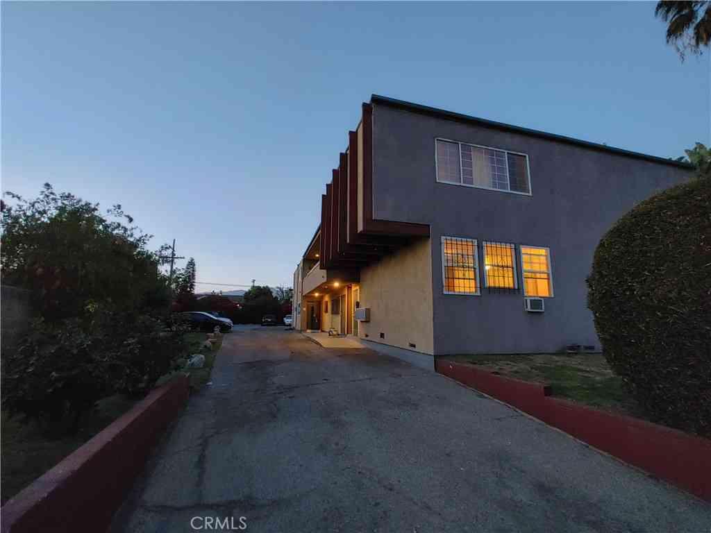 4009 Sequoia Street, Atwater Village, CA, 90039,