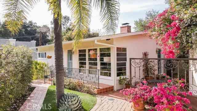 20937 Gorgonia Street, Woodland Hills, CA, 91364,