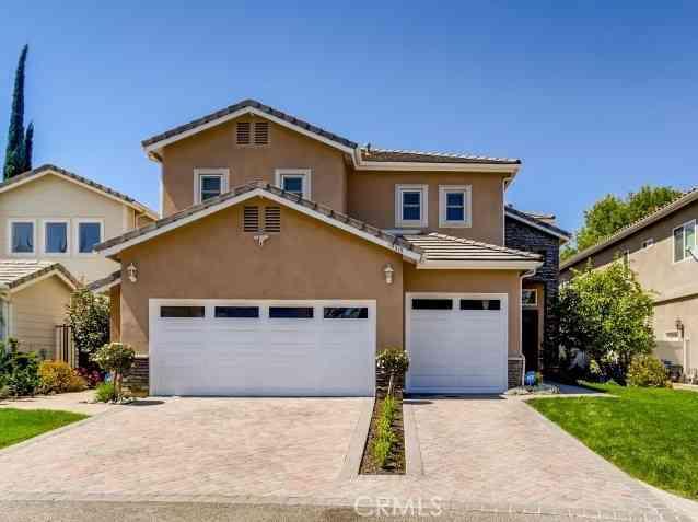 19315 Califa Street, Tarzana, CA, 91356,