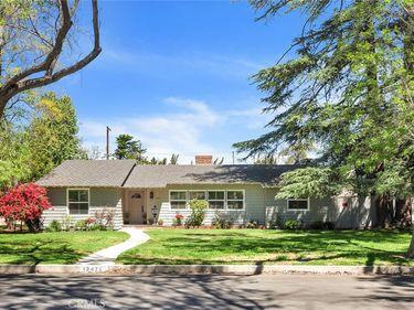 13421 Tiara Street, Valley Glen, CA, 91401,