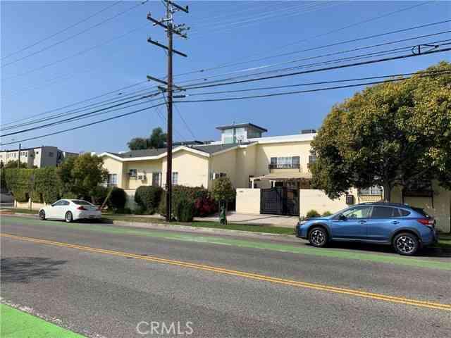 2411 Arizona Avenue, Santa Monica, CA, 90404,