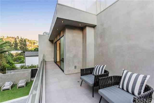 9291 Flicker Way, Los Angeles, CA, 90069,