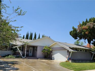 8361 Wystone Avenue, Northridge, CA, 91324,