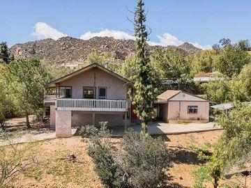 22555 Fern Ann Falls Road, Chatsworth, CA, 91311,