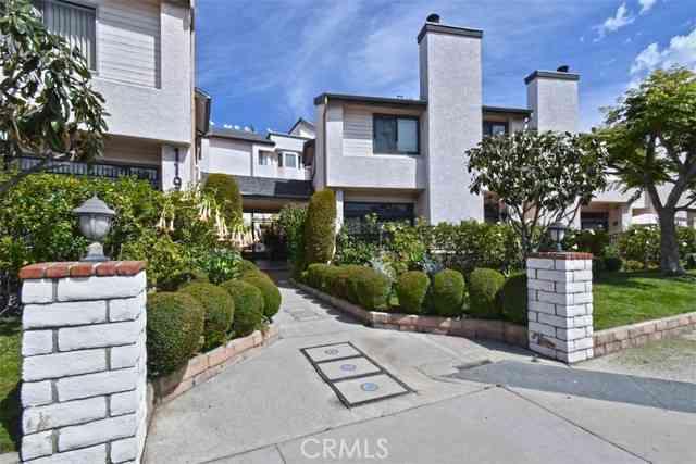 11911 Magnolia Boulevard #16, Valley Village, CA, 91607,