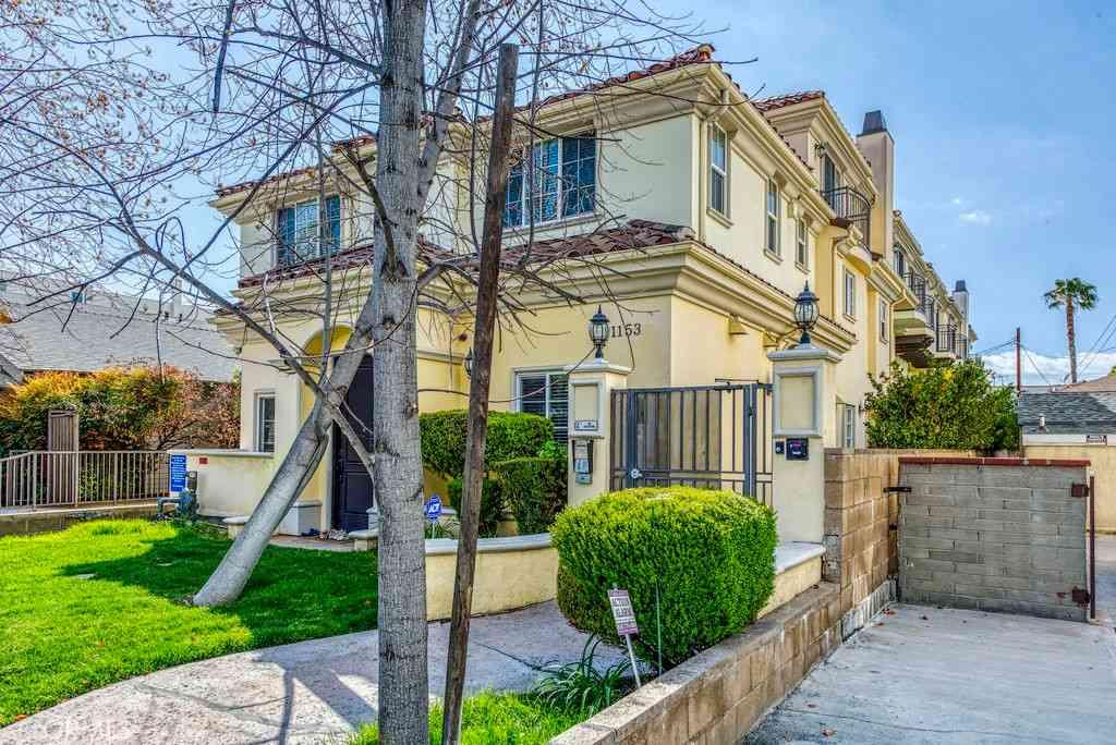 1153 San Rafael Avenue #106, Glendale, CA, 91202,