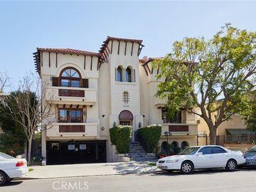 4360 Ventura Canyon Avenue #7, Sherman Oaks, CA, 91423,