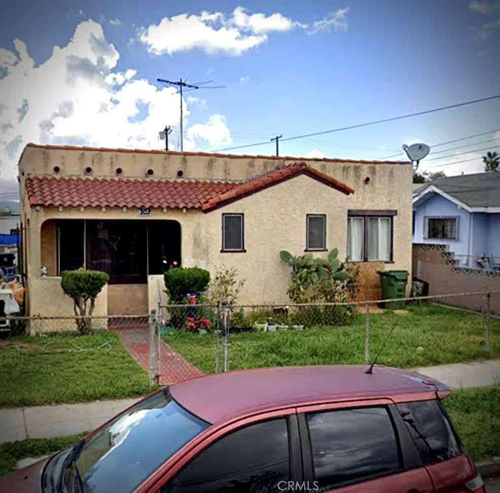 707 Bay View Avenue, Wilmington, CA, 90744,