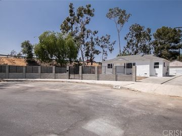 12645 Cantara Street, North Hollywood, CA, 91605,
