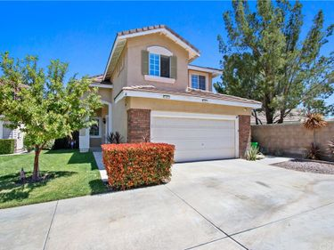 26726 Neff Court, Canyon Country, CA, 91351,