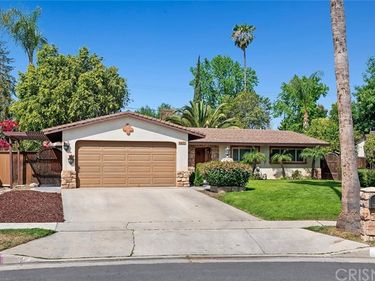 8455 Limerick Avenue, Winnetka, CA, 91306,