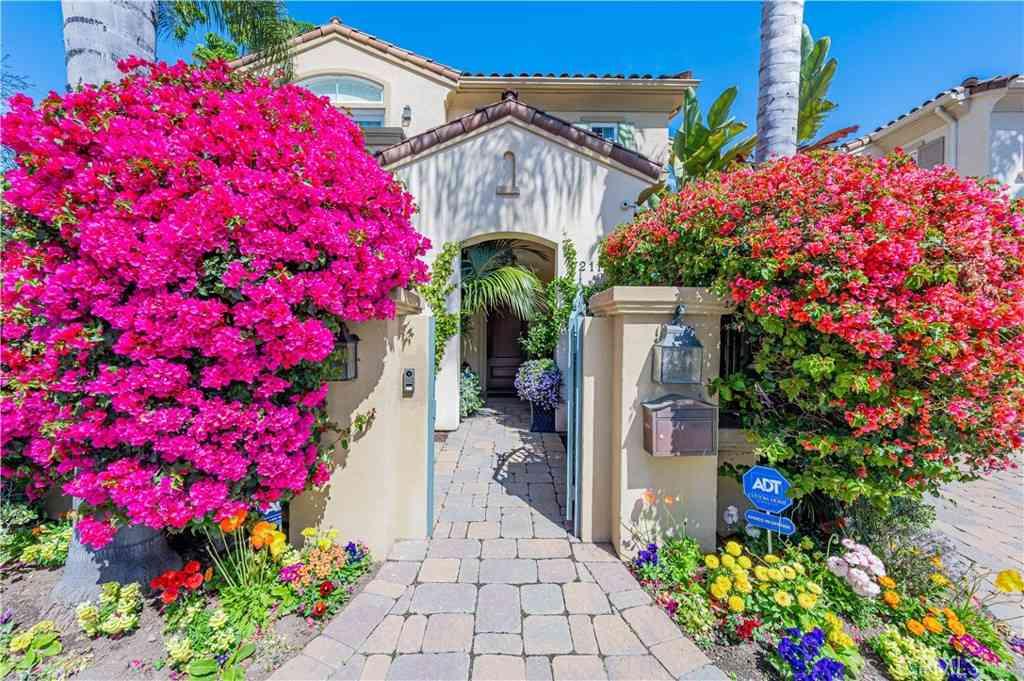 2110 Butler Avenue, West Los Angeles, CA, 90025,