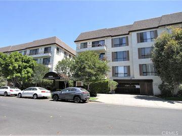 4454 Ventura Canyon Avenue #305, Sherman Oaks, CA, 91423,