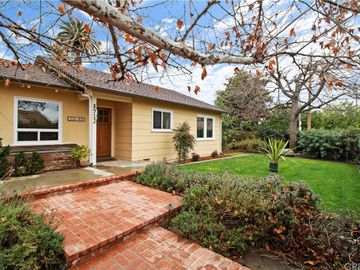 8912 Haskell Avenue, North Hills, CA, 91343,