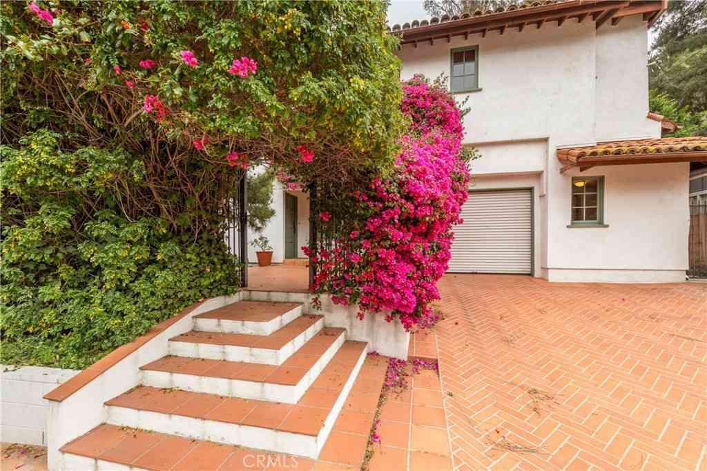 3810 Dixie Canyon Avenue, Sherman Oaks, CA, 91423,