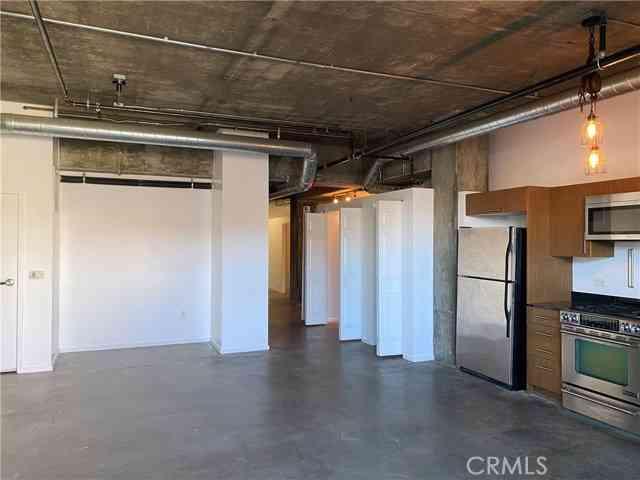 510 S Hewitt Street #216, Los Angeles, CA, 90013,