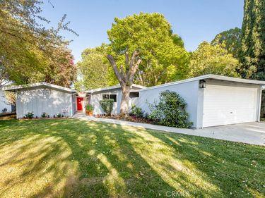 7812 Kentland Avenue, West Hills, CA, 91304,