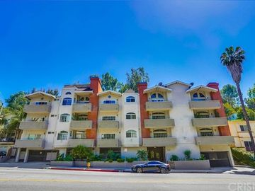 3284 Barham Boulevard #205, Los Angeles, CA, 90068,