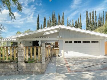 28125 Bakerton Avenue, Canyon Country, CA, 91351,