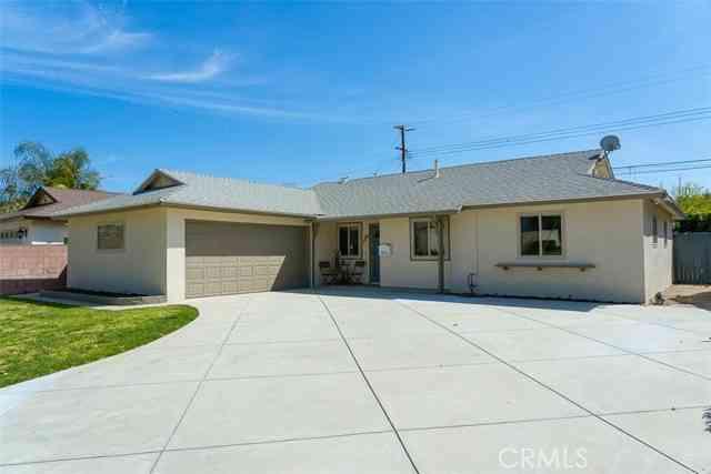 1272 Eston Street, Camarillo, CA, 93010,