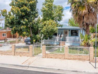 371 Fowler Avenue, Pomona, CA, 91766,