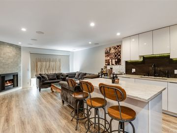 4702 Fulton Avenue #208, Sherman Oaks, CA, 91423,