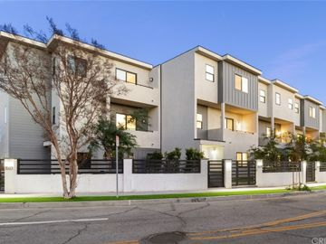 8411 Woodley Place, North Hills, CA, 91343,