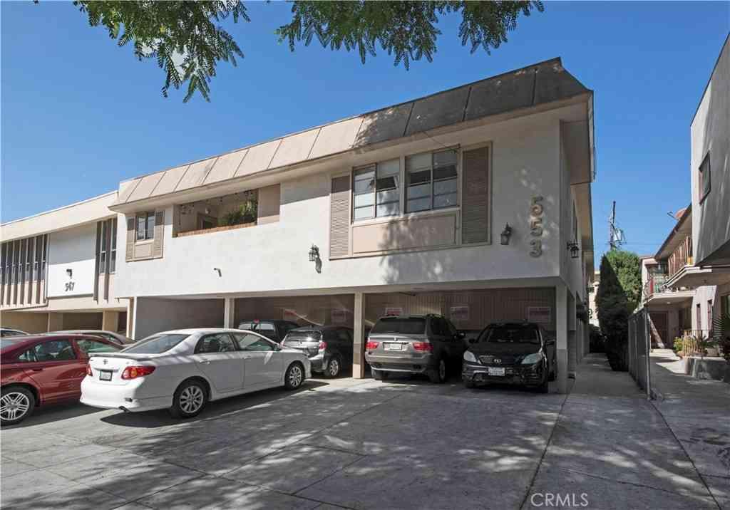 553 N Flores Street, West Hollywood, CA, 90048,