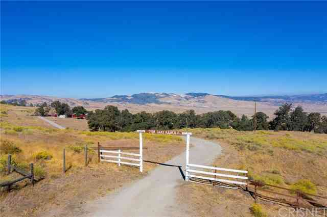 47385 Ridge Route Road, Lake Hughes, CA, 93532,
