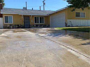 214 East Avenue Q3, Palmdale, CA, 93550,