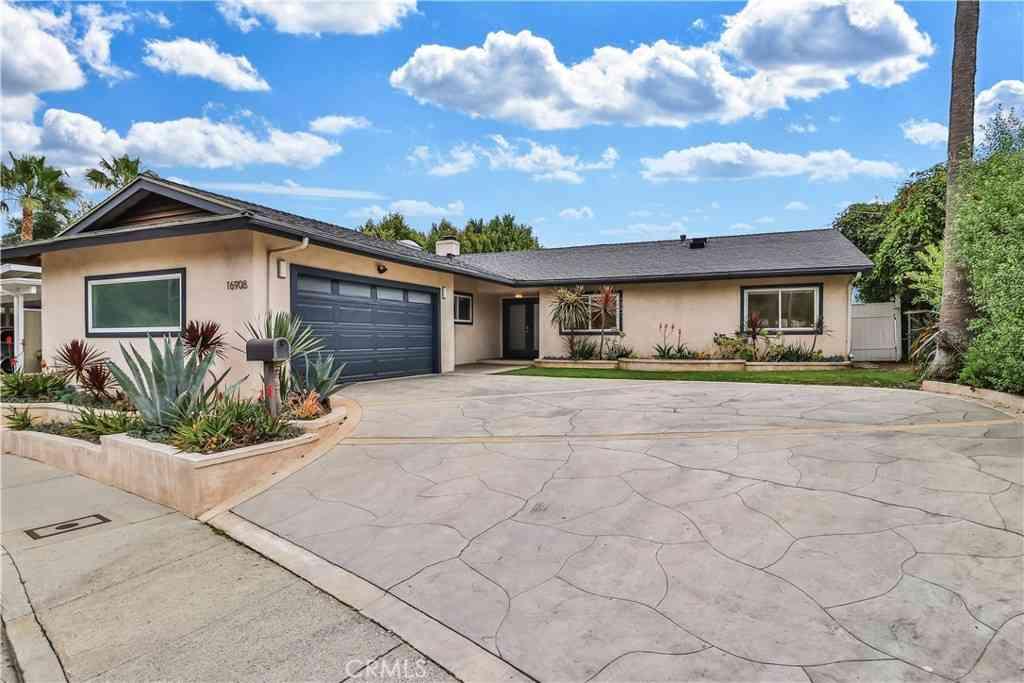 16908 Donna Ynez Lane, Pacific Palisades, CA, 90272,