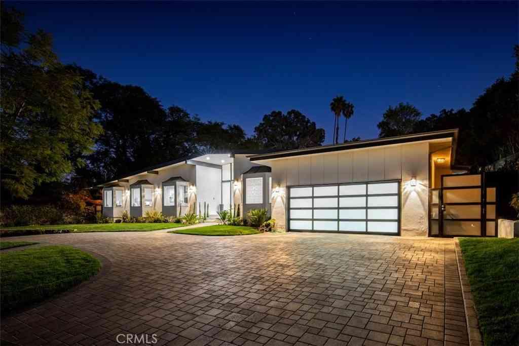 4734 White Oak Avenue, Encino, CA, 91316,