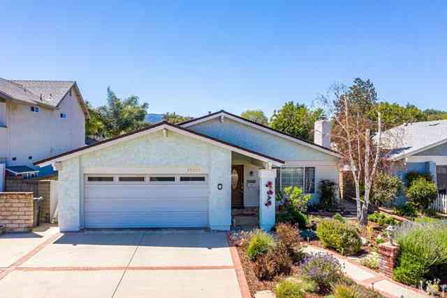 25339 Via Pacifica, Valencia, CA, 91355,