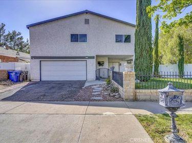 22258 Barbacoa Drive, Saugus, CA, 91350,