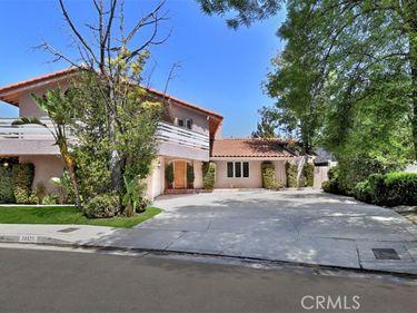 19121 Gayle Place, Tarzana, CA, 91356,